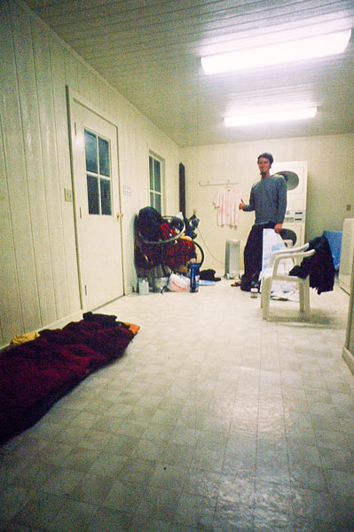 Life is good; a roof over my head while it's snowing outside, inside the laundry room, Glendale RV Park (Day 164)