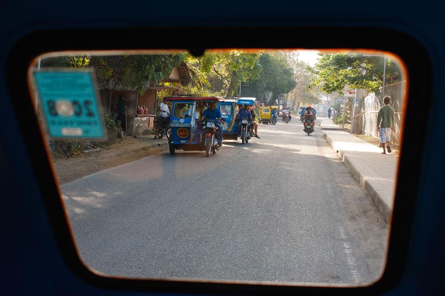 Travel photography from the back of a trike on the way to yoga