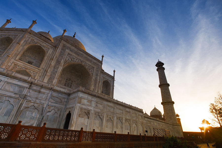Taj Mahal at sunrise, Agra