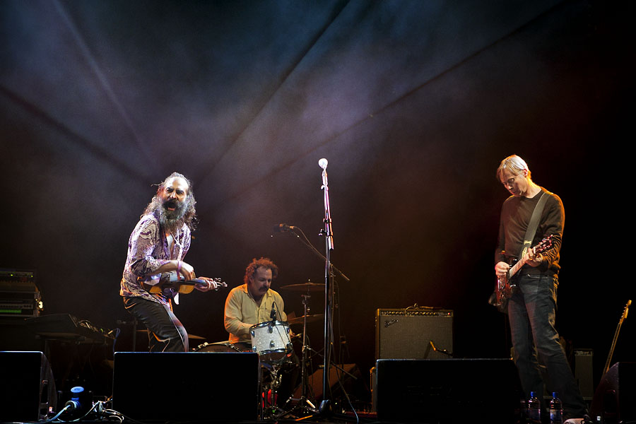 Dirty Three headlining the No Direction Home Festival at the Lake Stage