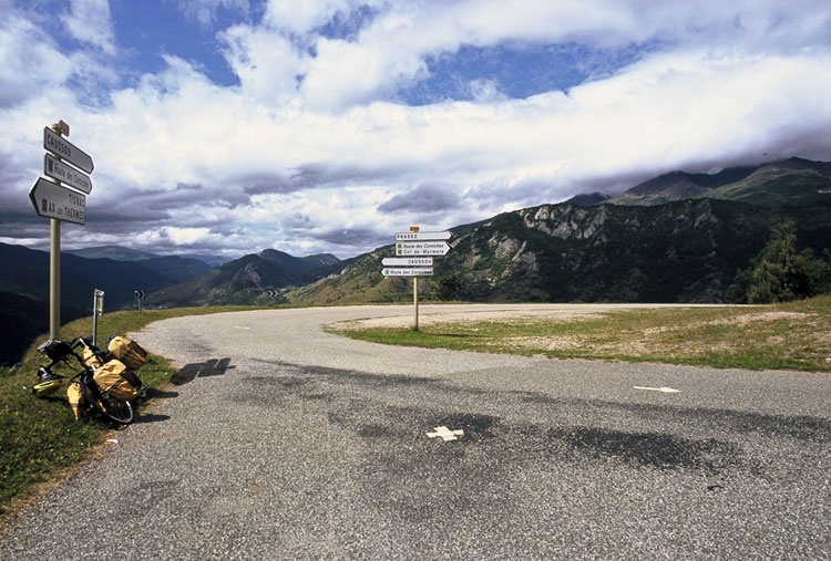 A French Pyrenees bicycle journey