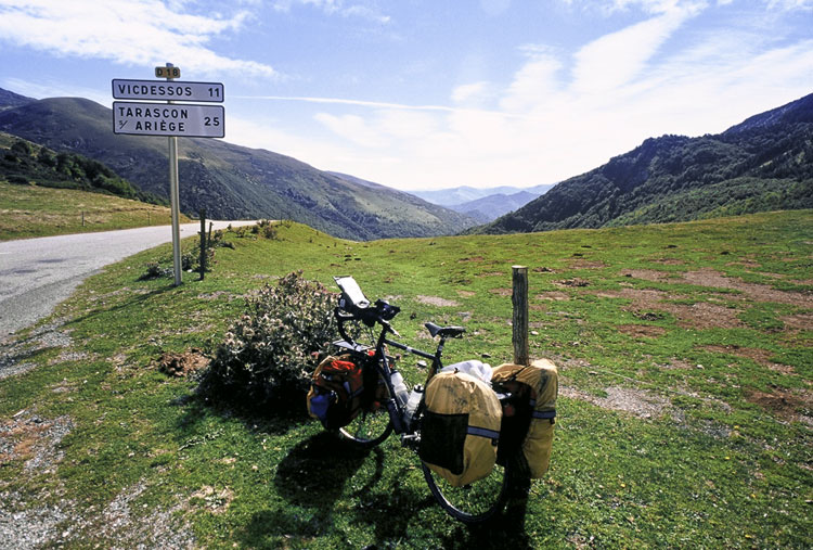 The touring bicycle in the Pyrenees